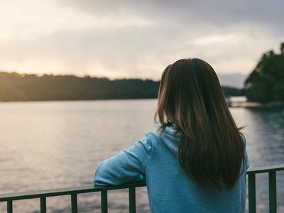 10 Tips to Help You Fight Loneliness in Sobriety - woman depressed